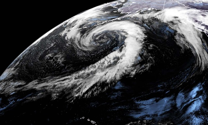 alaska-united-states-pacific-extratropical-storm-geocolor-satellite