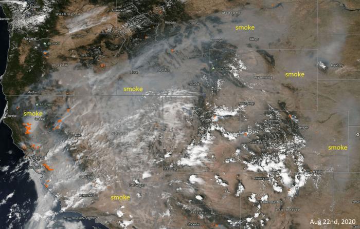 california-wildfires-smoke-satellite-August-21st