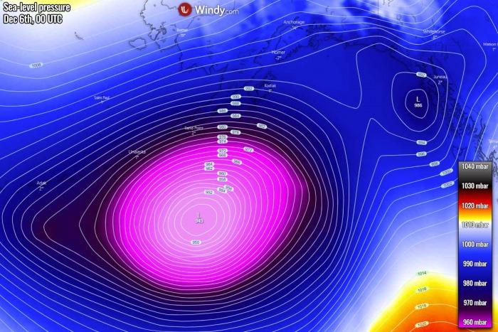 cyclone-tandem-north-pacific-alaska-pressure-forecast