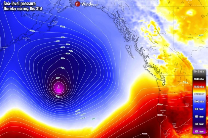 extratropical-storm-bomb-cyclone-pacific-pressure-thursday