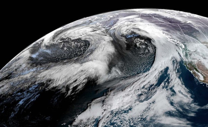 extratropical-storm-twins-alaska-geocolor-satellite