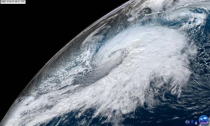 extratropical-storm-waves-alaska-united-states-geocolor-satellite