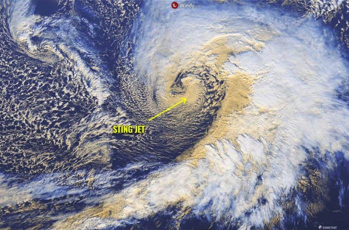 extratropical-storm-waves-alaska-united-states-sting-jet