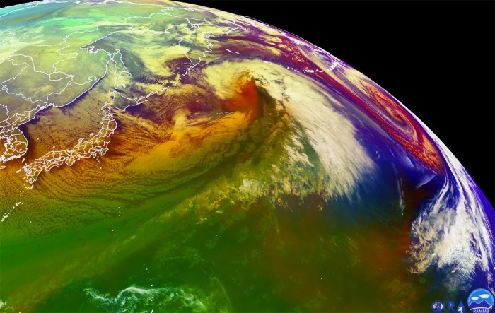 pacific-record-breaking-extratropical-storm-airmass-satellite