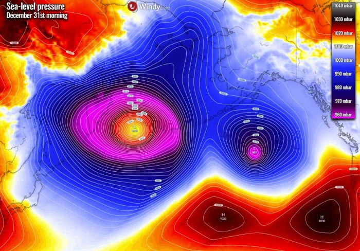 pacific-record-breaking-extratropical-storm-pressure-thursday