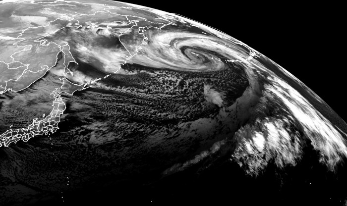 record-extratropical-storm-bomb-cyclone-alaska-pacific-infrared-satellite