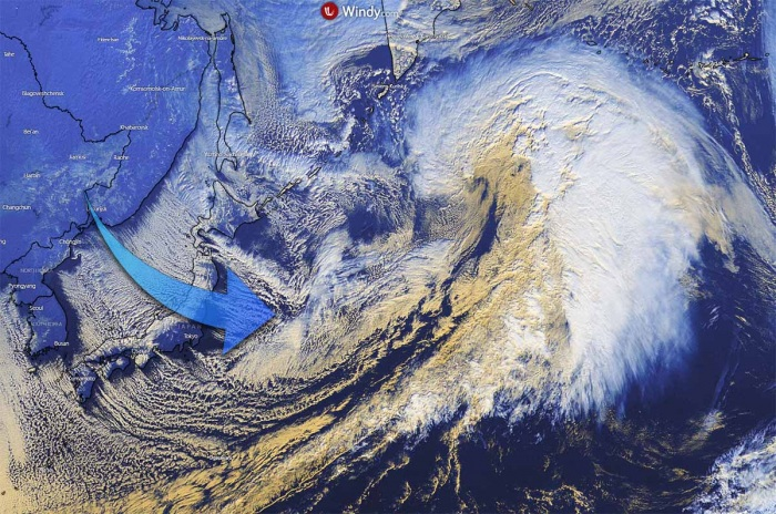 record-extratropical-storm-bomb-cyclone-alaska-pacific-japan-cold
