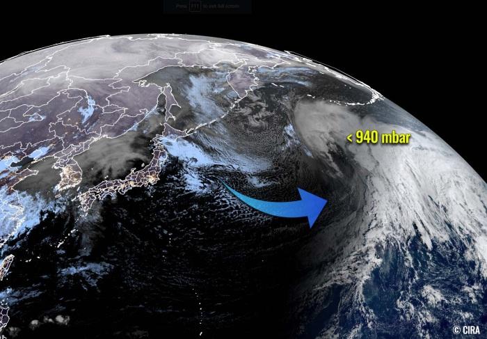 storm-pacific-sting-jet-waves-alaska-aleutian-islands-geocolor-satellite