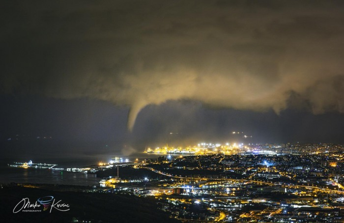 storm-tornado-trieste-italy-winter-city