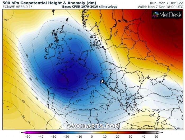 storm-tornado-trieste-italy-winter-pattern