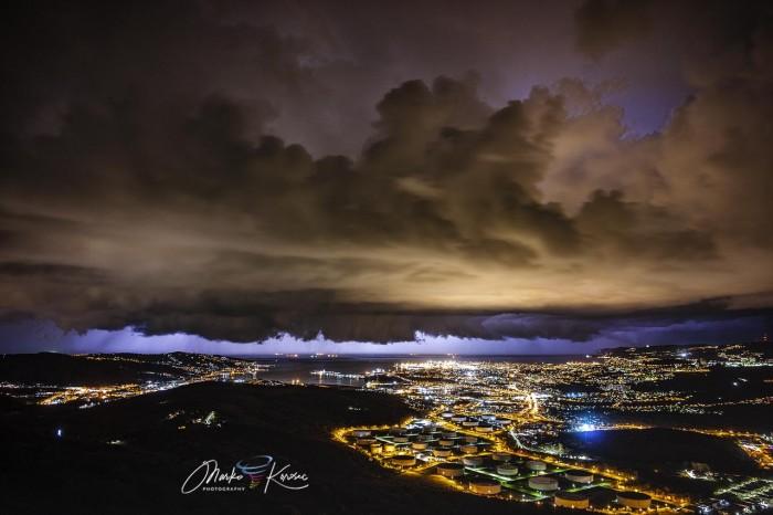 storm-tornado-trieste-italy-winter-storm-structure