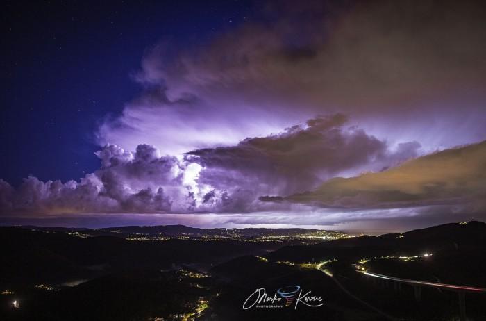 storm-tornado-trieste-italy-winter-storm