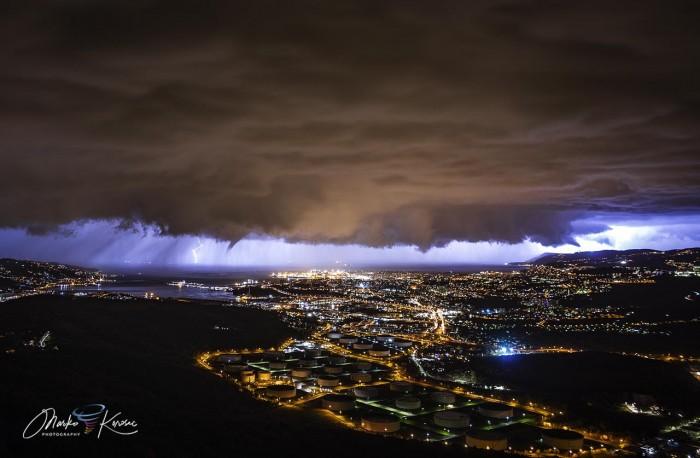 storm-tornado-trieste-italy-winter-structure