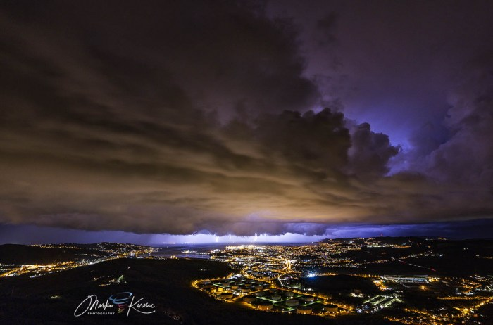 storm-tornado-trieste-italy-winter-supercell-storm