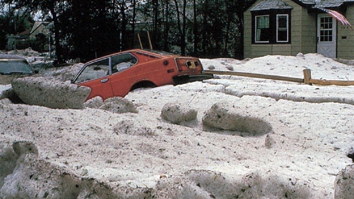 hail-world-records-biggest-heaviest-deadliest-accumulation-drifts