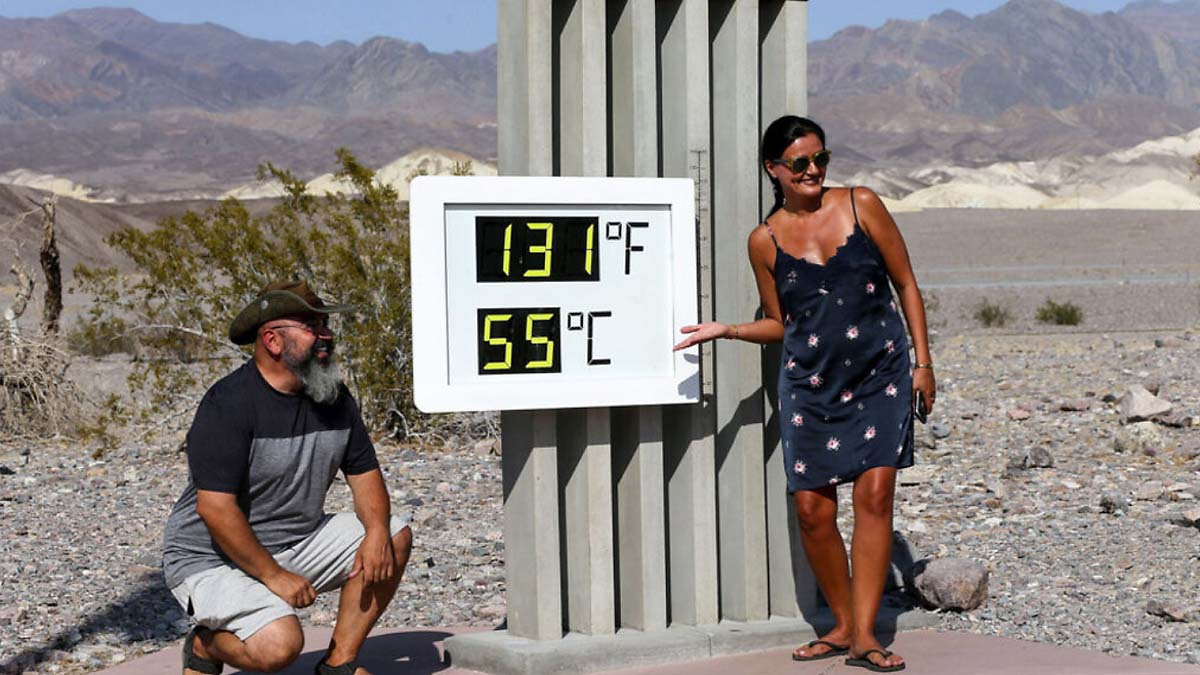 heat-dome-record-breaking-heatwave-death-valley-visitor-center