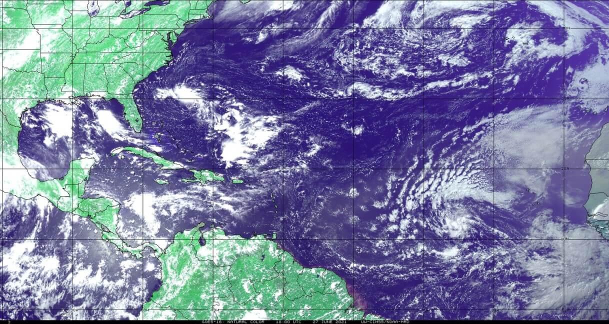 saharan-air-dust-cloud-2021-visible-satellite-north-atlantic