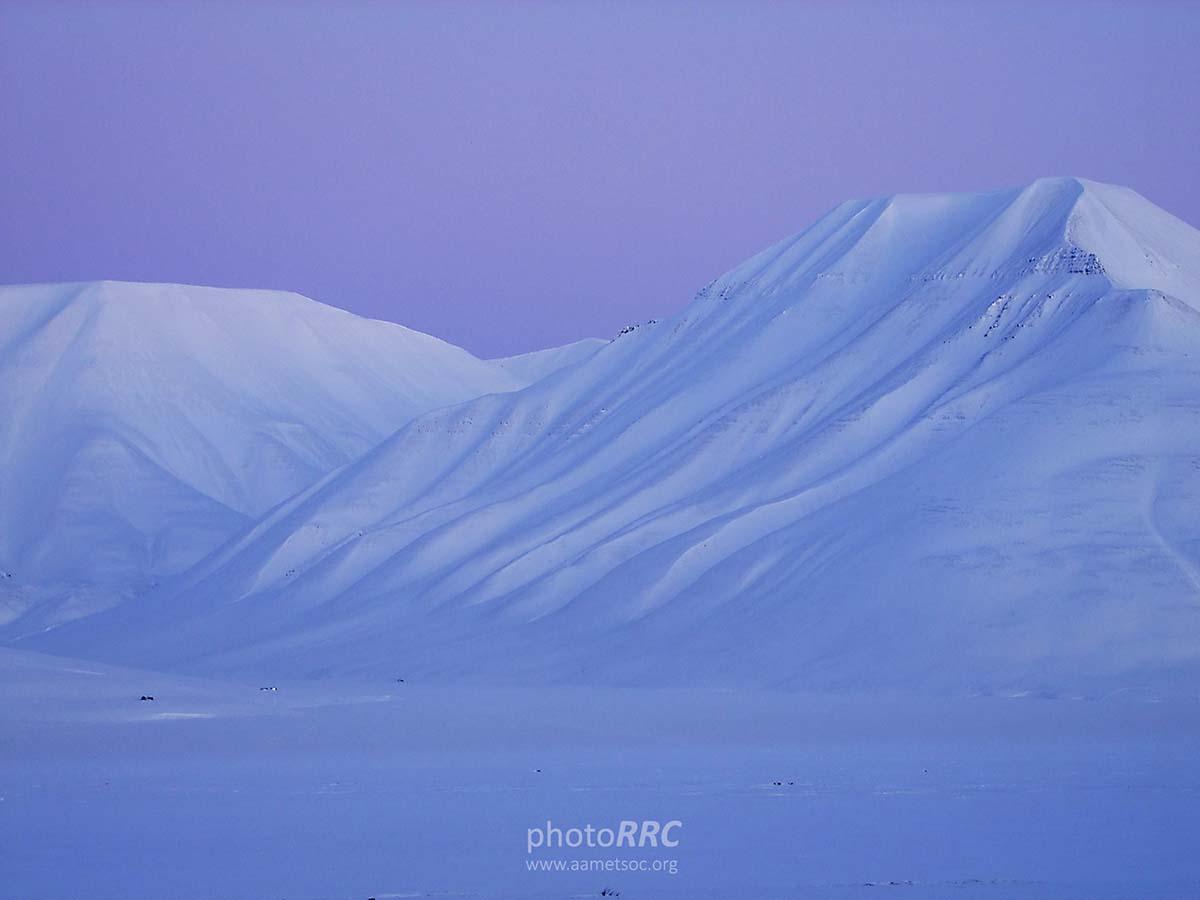 siberia-thawing-permafrost-batagaika-crater-periglacial-rrc