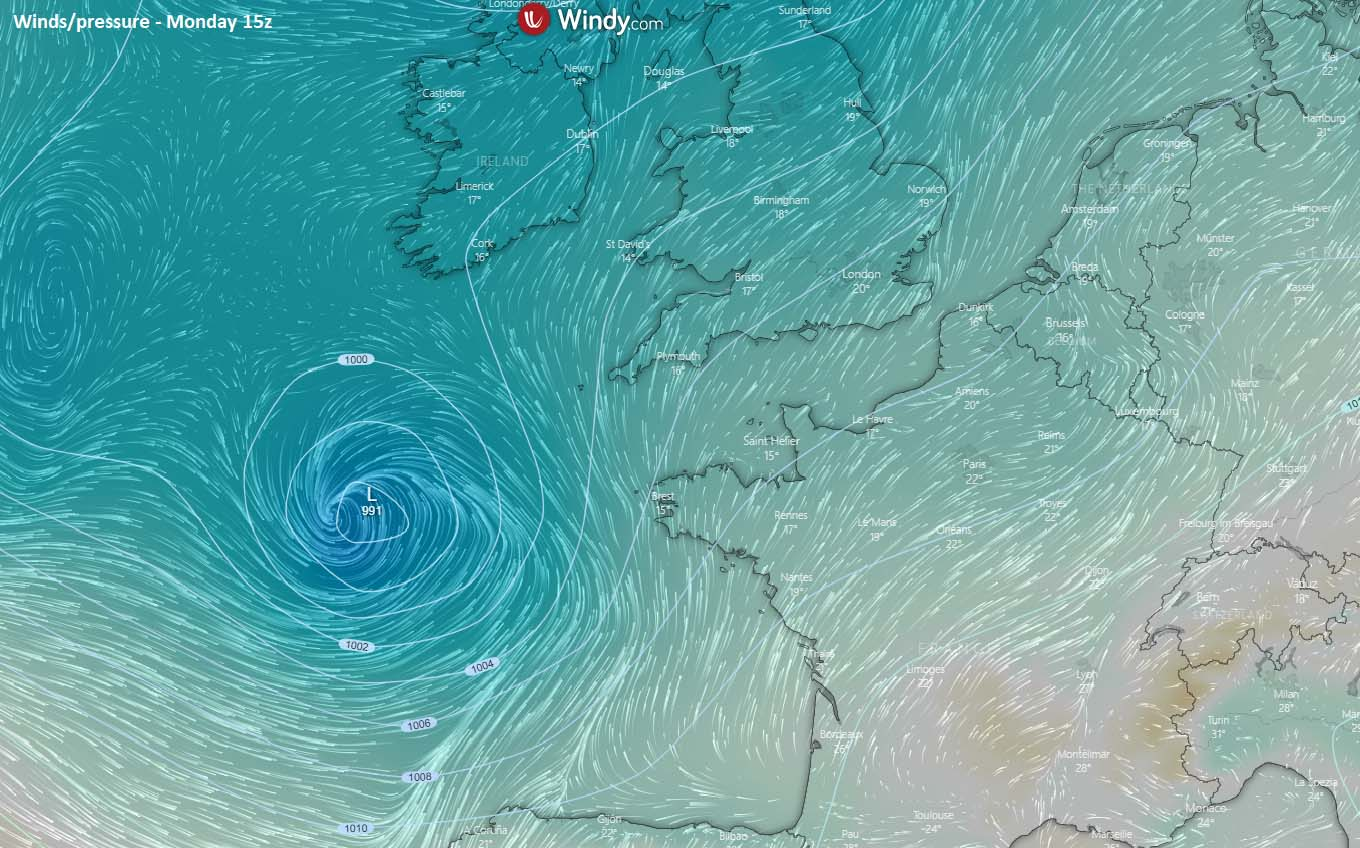 north-atlantic-extratropical-storm-england-english-channel-france-monday