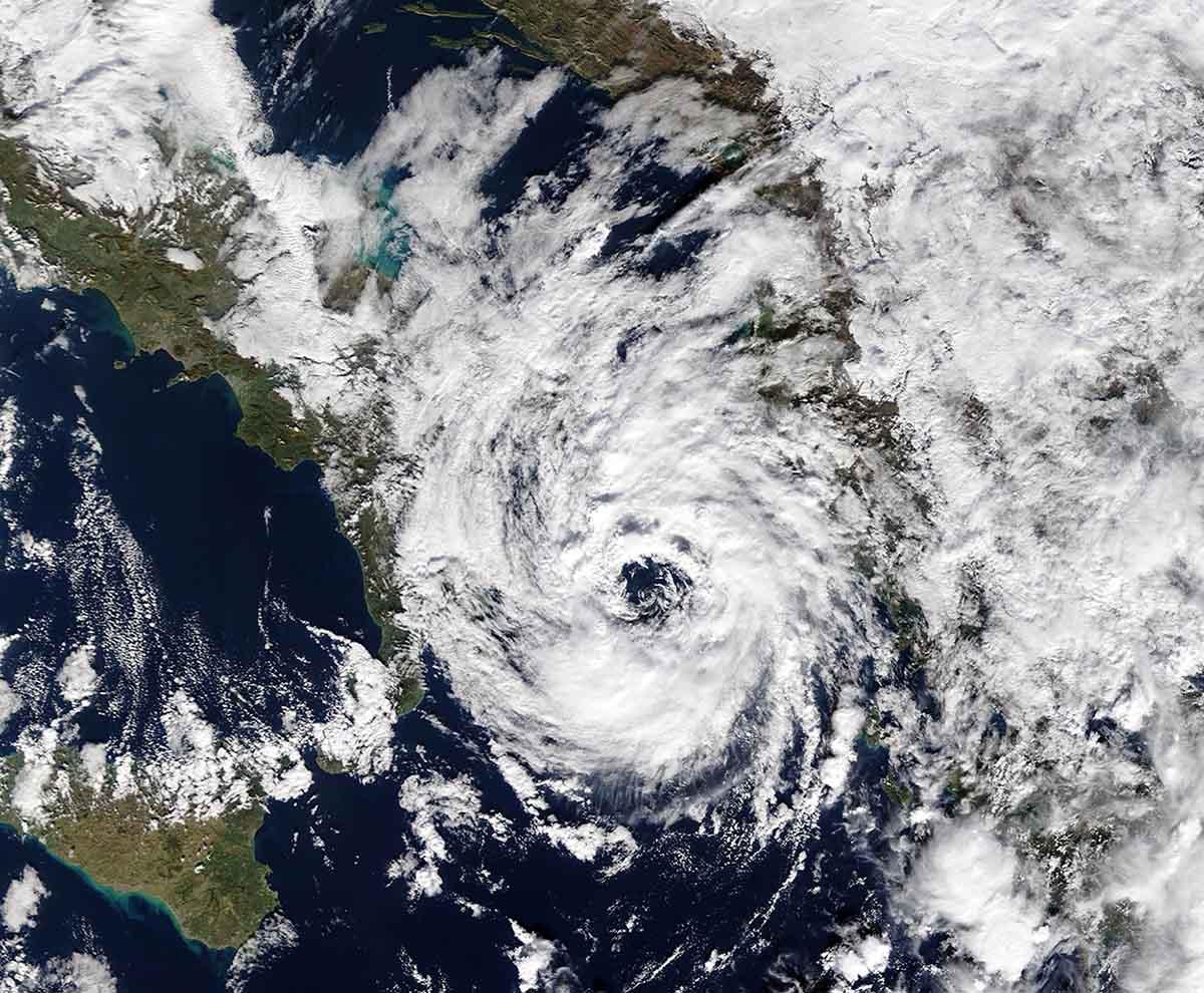 tropical-like-cyclone-medicane-alike-black-sea-impact-numa