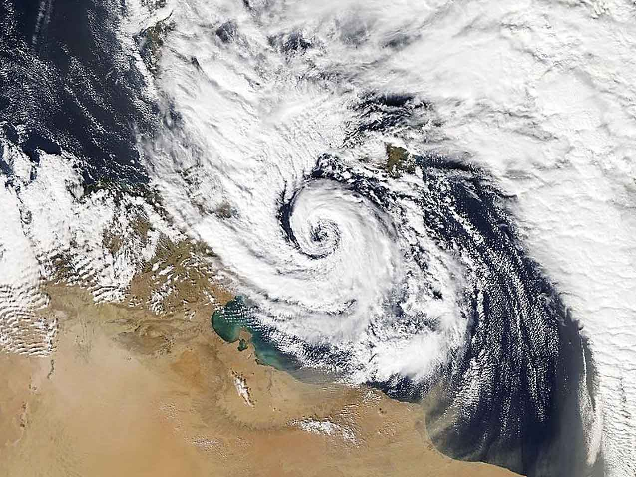 tropical-like-cyclone-medicane-alike-black-sea-impact-qendresa