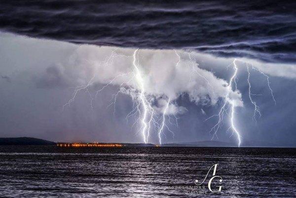 18092016_lightning_3