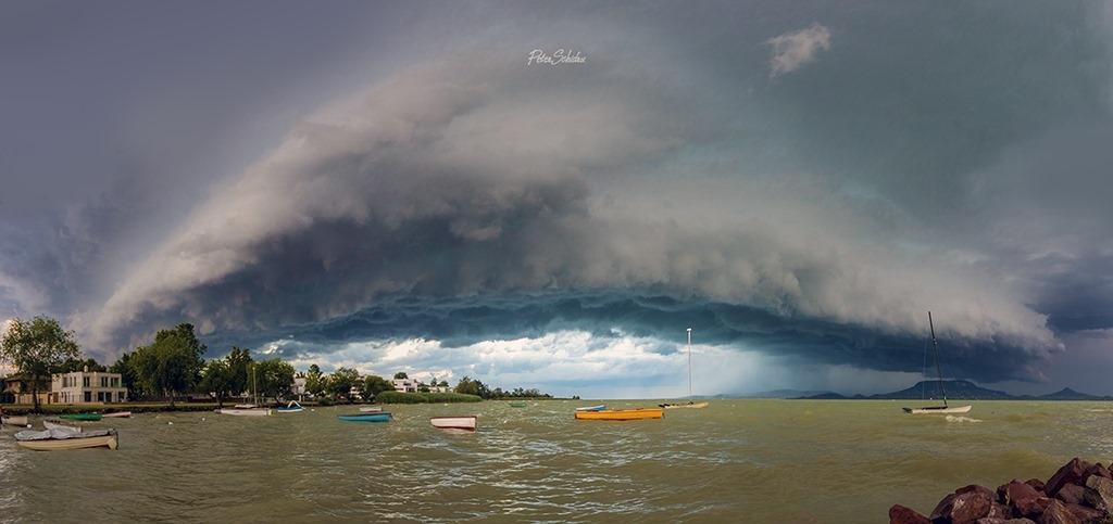 photo-contest-week-25-2021-04-Peter-Schidru-shelf-cloud