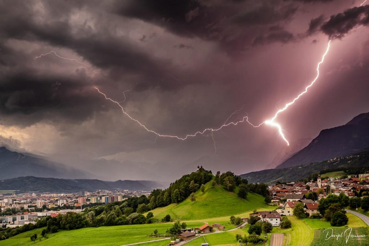 photo-contest-week-27-2021-danijel-jovanovic-lightning