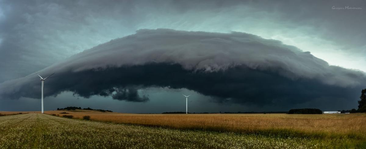 photo-contest-week-29-2021-Grzegorz-Malutowski-shelf-cloud