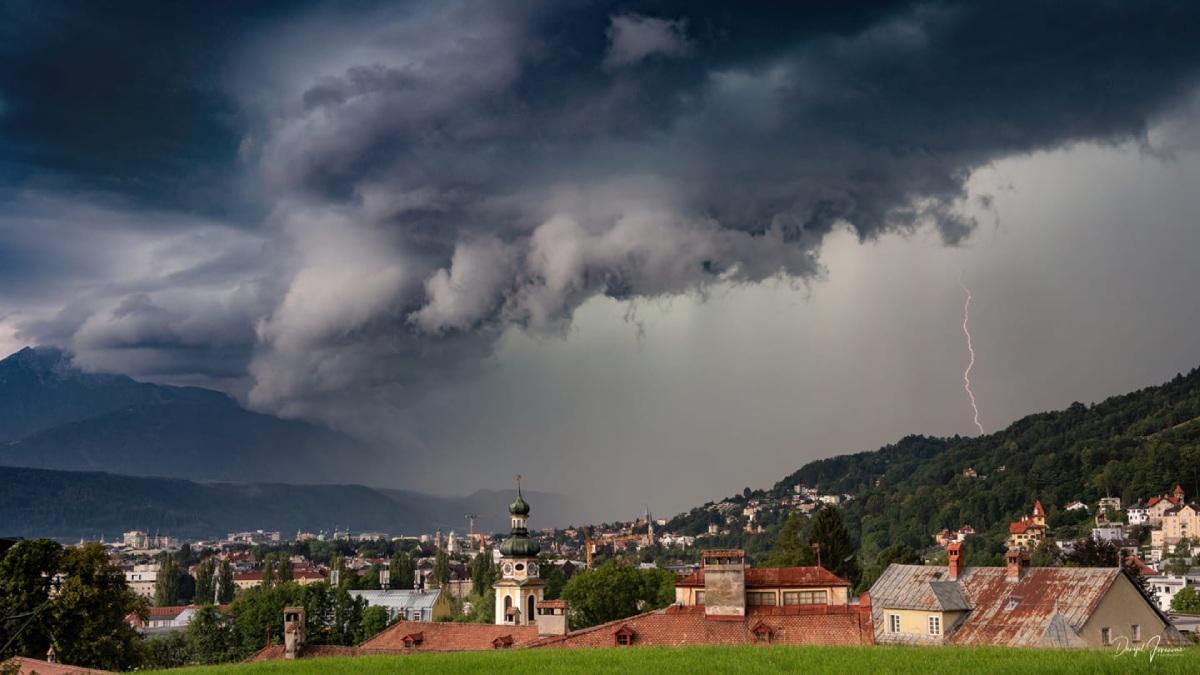 photo-contest-week-31-2021-Danijel-Jovanovic-storm