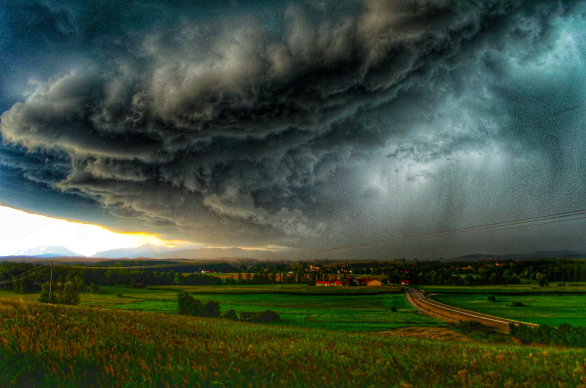 photo-contest-week-32-Da-Dave-supercell-storm