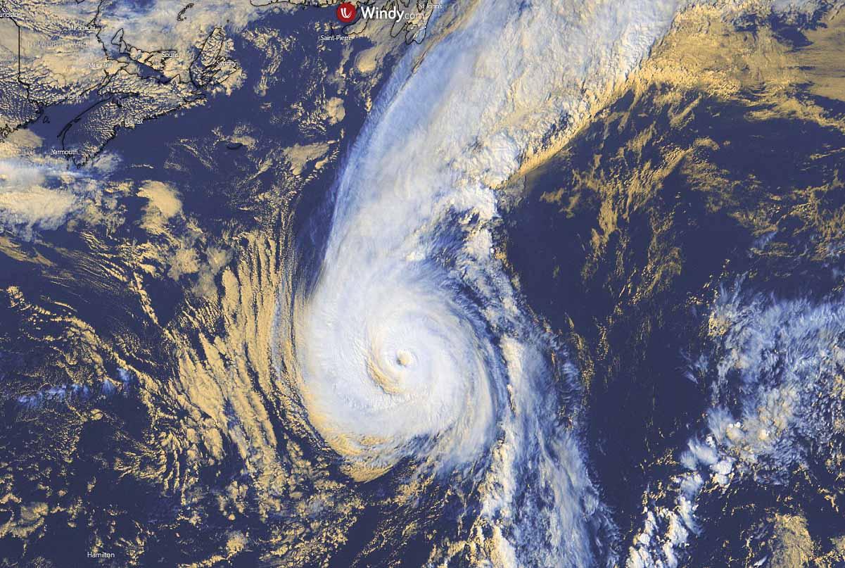 atlantic-hurricane-season-2021-extratropical-storm-sam-iceland-visible-satellite