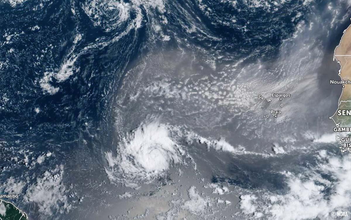 atlantic-hurricane-season-2021-major-storm-sam-caribbean-visible-satellite