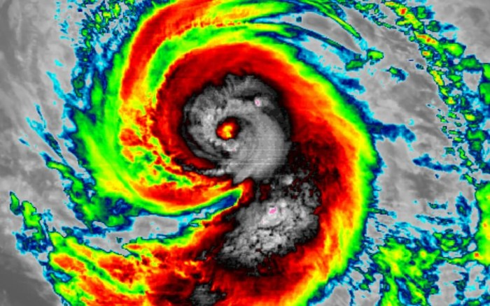 1_hurricane-marie-infrared-satellite