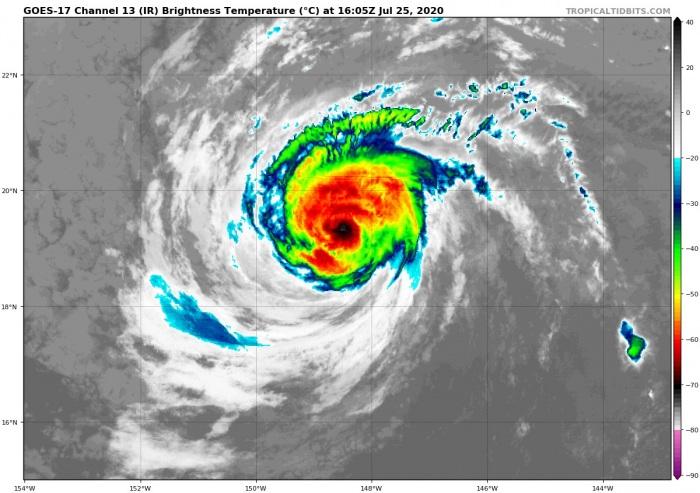 douglas-hawaii-hurricane-irsat