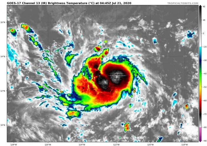 hurricane-douglas-irsat