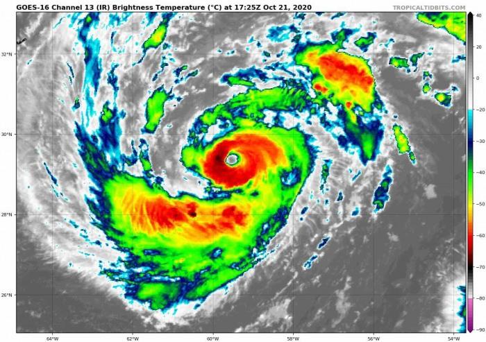hurricane-epsilon-bermuda-atlantic-infrared-satellite