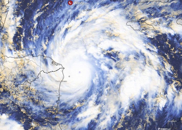 hurricane-eta-nicaragua-flooding-visible-satellite