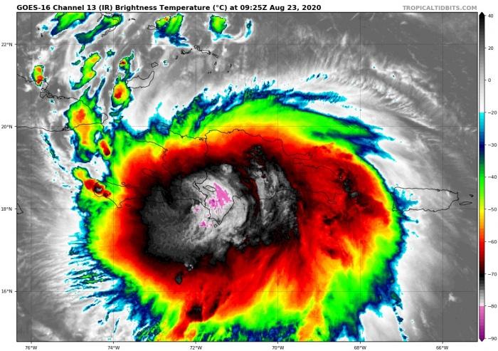 hurricane-laura-infrared-satellite