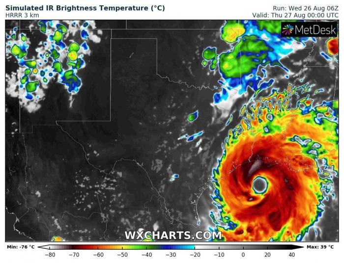 hurricane-laura-landfall-forecast-satellite