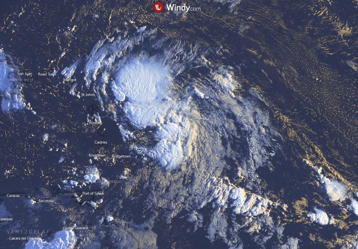 hurricane-mexico-gulf-laura-vissat