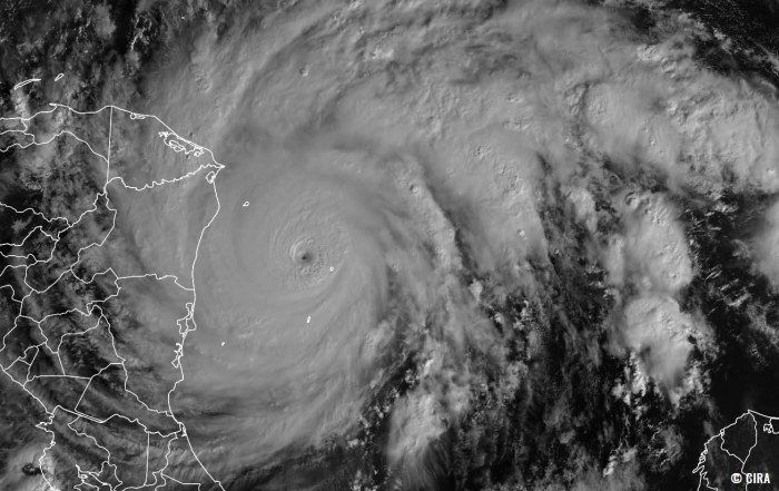 hurricane-season-iota-landfall-visible-satellite