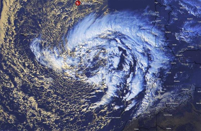 hurricane-season-madeira-kappa-visible-satellite