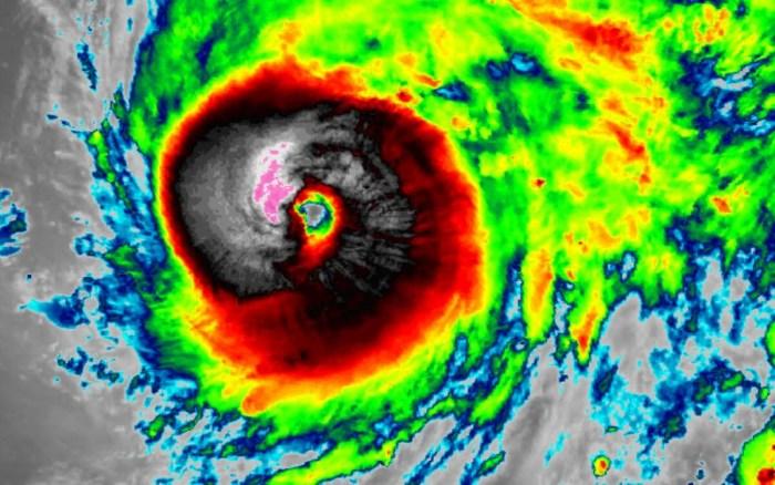 hurricane-teddy-satellite-infrared