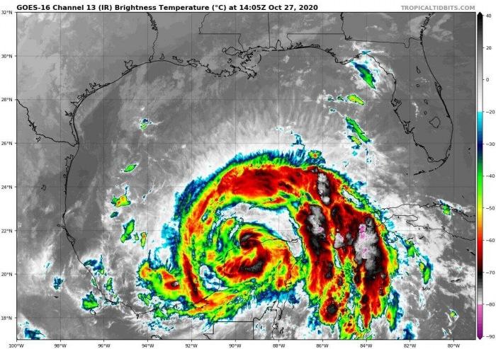 hurricane-zeta-gulf-coast-landfall-infrared-satellite