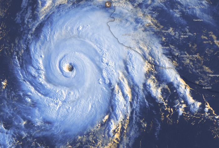 major-hurricane-genevieve-vissat