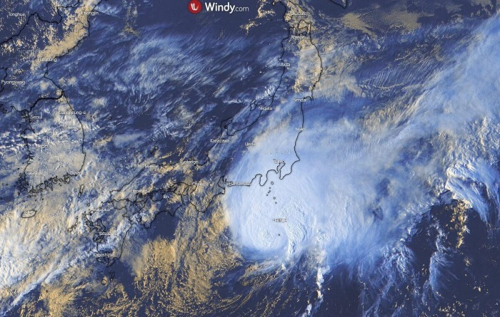 storm-dolphin-visible-satellite