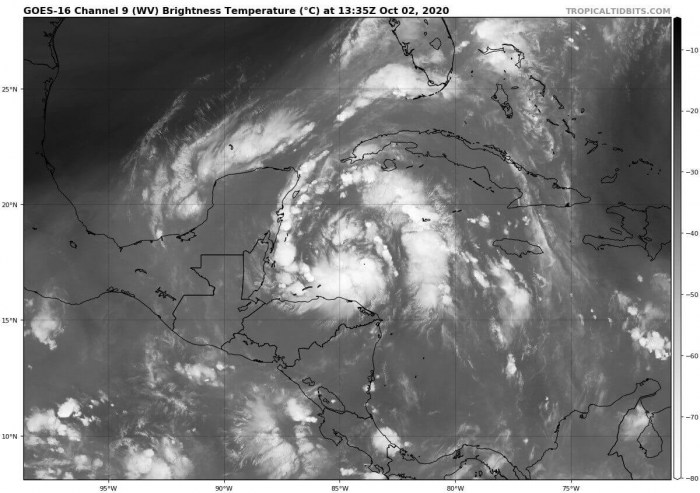 storm-gamma-water-vapor-satellite