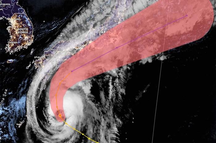 typhoon-chanhom-japan-geocolor-satellite