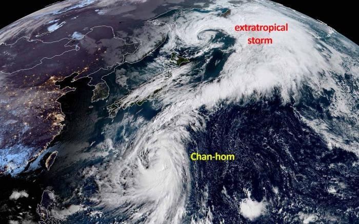 typhoon-chanhom-japan-satellite-image